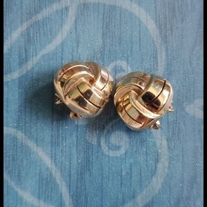 14K GERM Yellow Gold Sculpted Dome Clip on